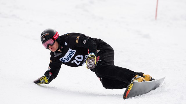 SG SNOWBOARDS Stefan Baumeister Snowboard World Cup PGS Bansko Bulgaria 3rd Pic by FIS:Miha Matavz